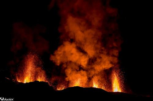 eruption du volcan Réunion - aout 2015