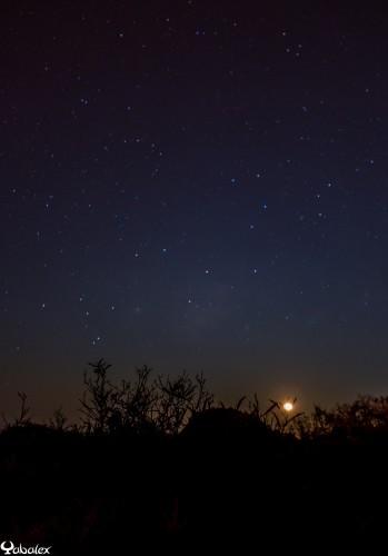 coucher de lune au piton de la Fournaise