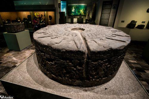 pierre de sacrifice maya