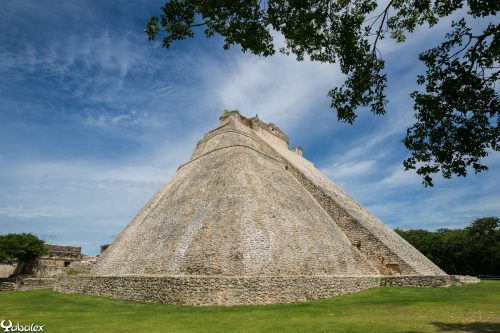 Uxmal, la pyramide du Devin