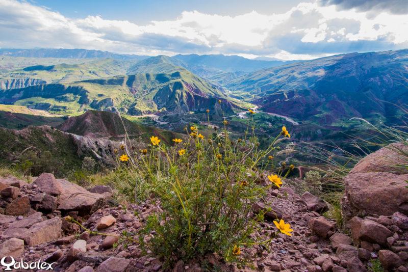 Point de vue sur les montagnes avant le retour à Sucre