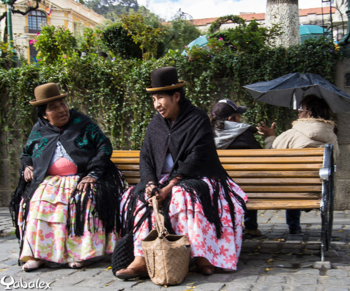 Bolivienne au chapeau